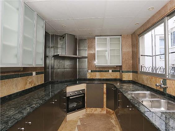 Piso en alquiler en Tormos en Valencia - 329871537