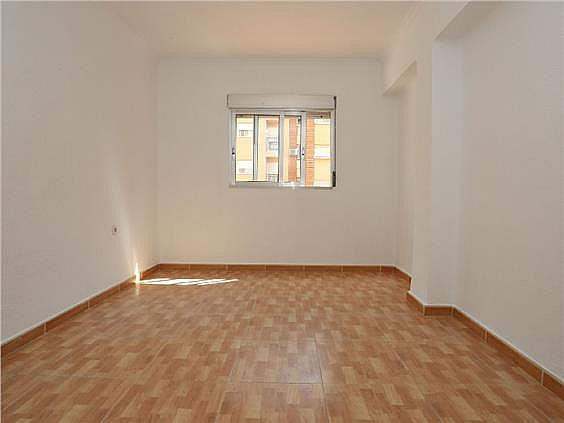 Piso en alquiler en Benicalap en Valencia - 330019319