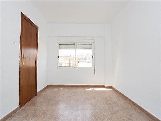 Piso en alquiler en Benicalap en Valencia - 330019454
