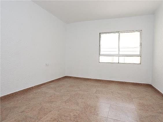 Piso en alquiler en Benicalap en Valencia - 330019457