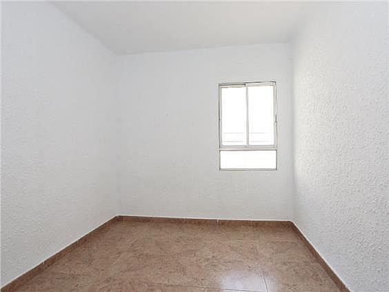 Piso en alquiler en Benicalap en Valencia - 330019460