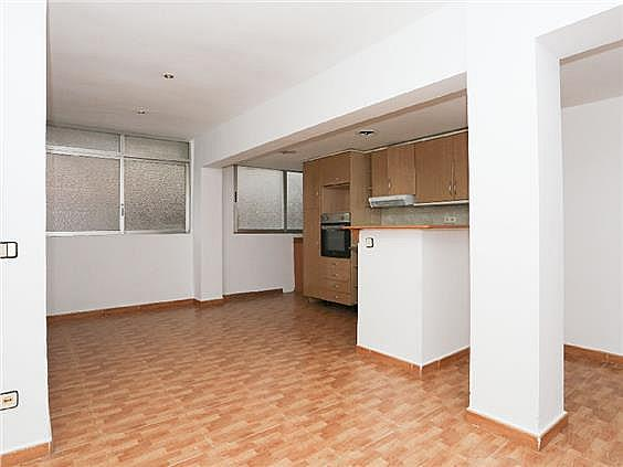 Piso en alquiler en Ciutat Fallera en Valencia - 330980321