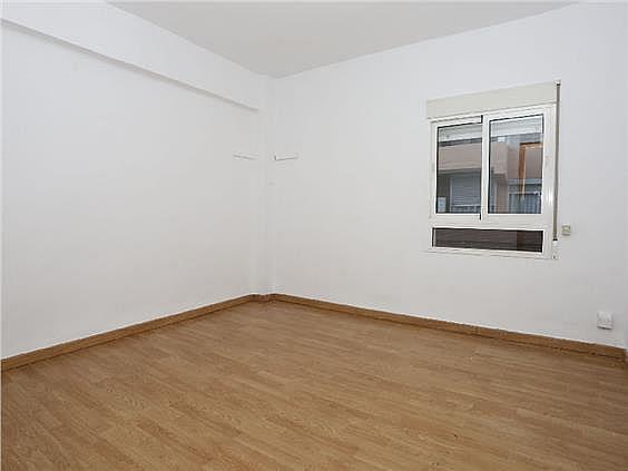 Piso en alquiler en Ciutat Fallera en Valencia - 330980330