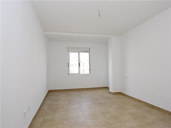 Piso en alquiler en Benicalap en Valencia - 330980351
