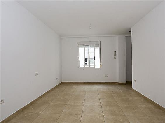 Piso en alquiler en Benicalap en Valencia - 330980354