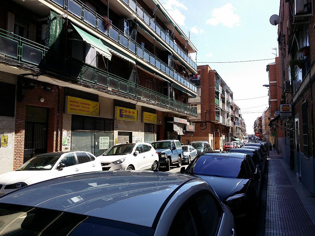 Local comercial en alquiler en calle Leonor Gongora, Los Rosales en Madrid - 251624517