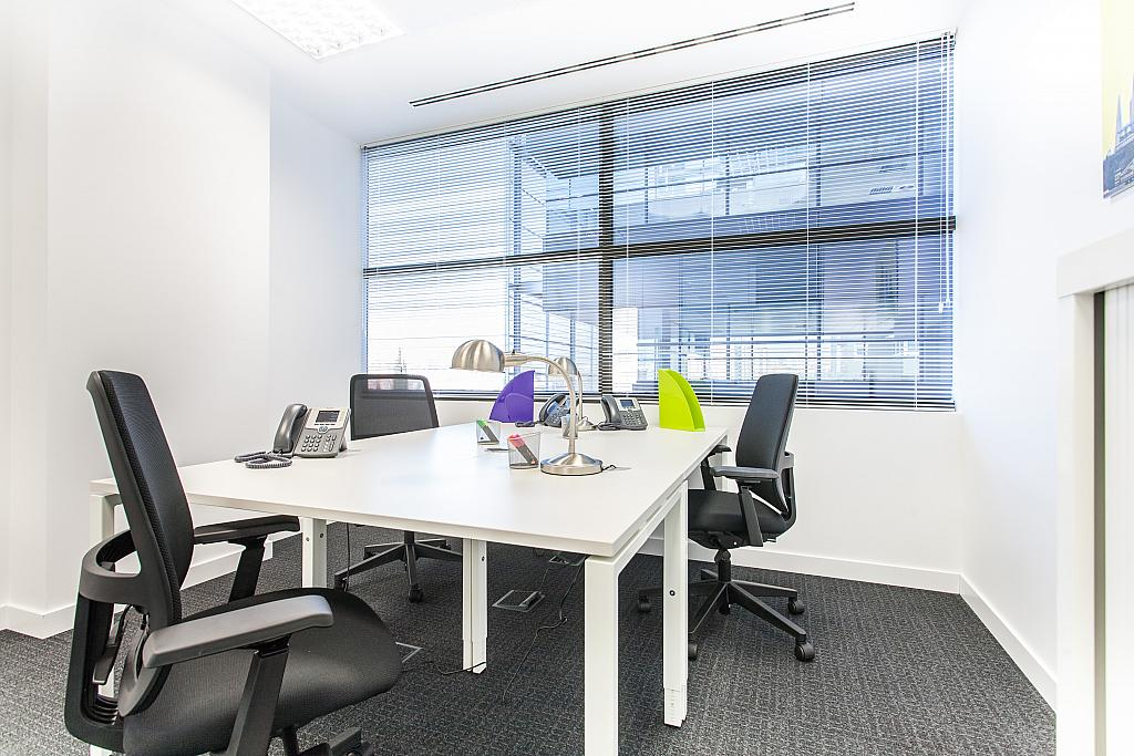 Oficina en alquiler en calle Martinez Villergas, Canillas en Madrid - 264774890