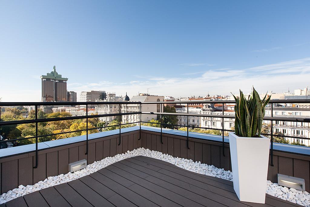 Oficina en alquiler en paseo De la Castellana, Recoletos en Madrid - 265751659