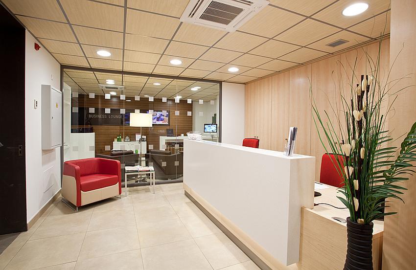 Oficina en alquiler en plaza De la Solidaridad, El Cónsul-Ciudad Universitaria en Málaga - 142000374