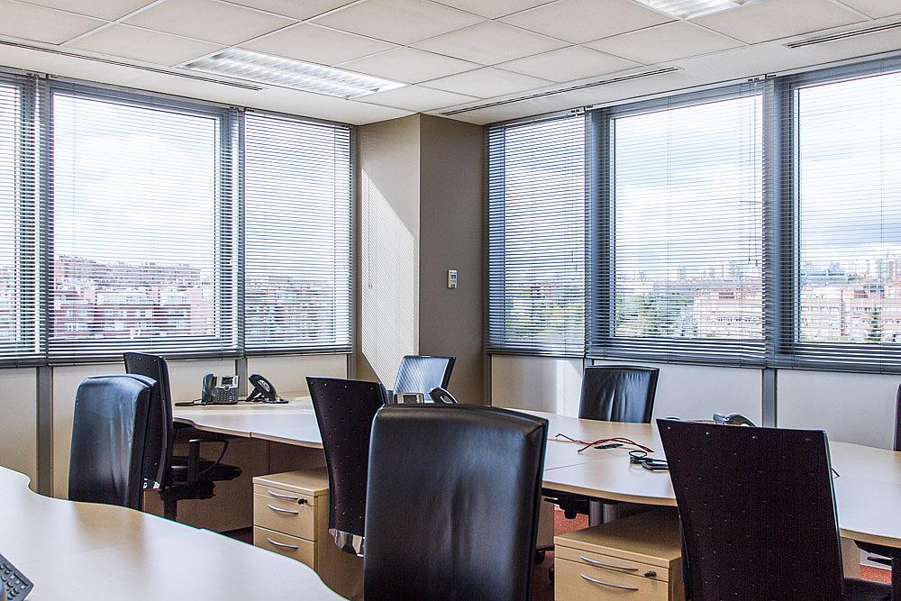 Oficina en alquiler en calle Ribera del Loira, Madrid - 142095501