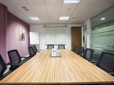 Oficina en alquiler en calle De Europa, Castellana en Madrid - 142097458