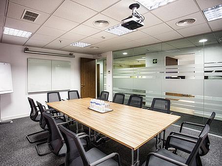 Oficina en alquiler en calle De Europa, Castellana en Madrid - 142097464