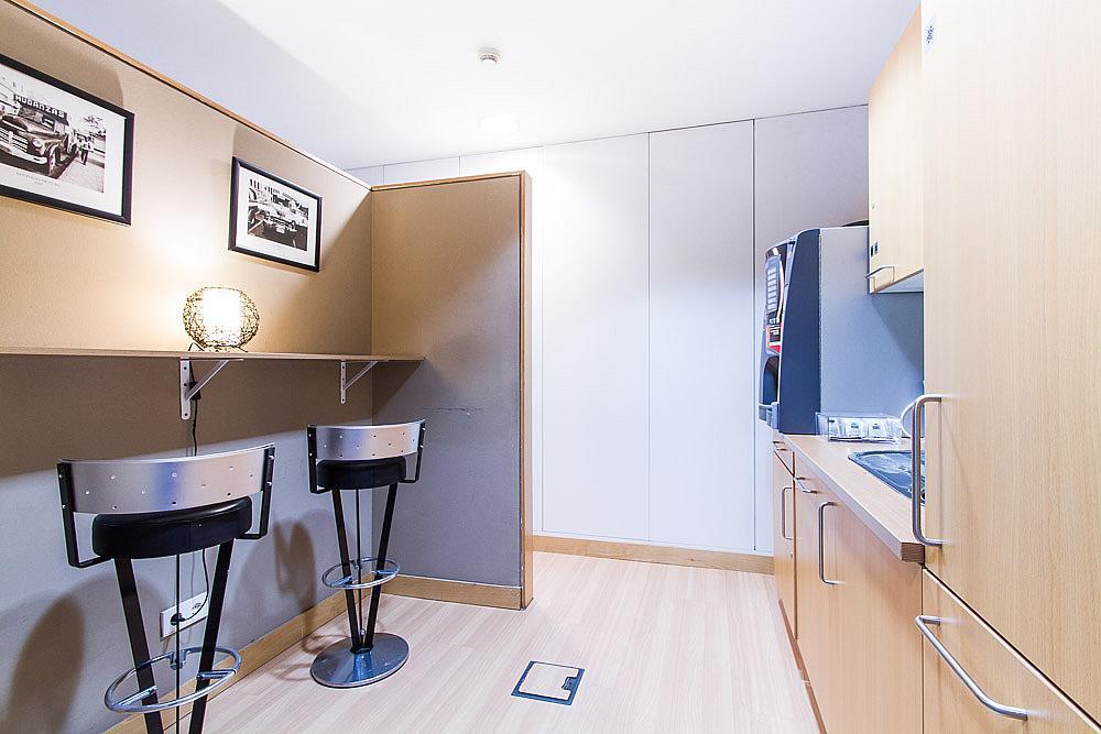 Oficina en alquiler en calle Ribera del Loira, Madrid - 142498594