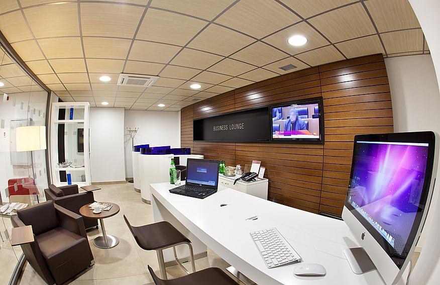Oficina en alquiler en plaza De la Solidaridad, Perchel Sur-Plaza de Toros Vieja en Málaga - 142510755