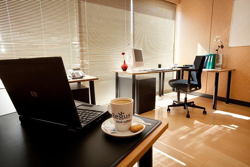 Oficina en alquiler en calle Ricardo Soriano, Casco Antiguo en Marbella - 142747399