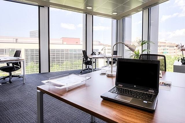 Oficina en alquiler en calle Diagonal, El Poblenou en Barcelona - 142777449
