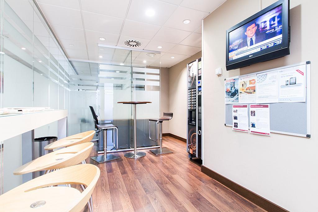 Oficina en alquiler en paseo De la Castellana, Cortes-Huertas en Madrid - 239526311