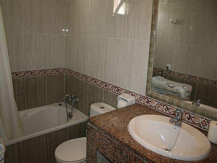 Apartamento en alquiler de temporada en calle Avinguda Los Delfines, Ciutadella de Menorca - 177081331
