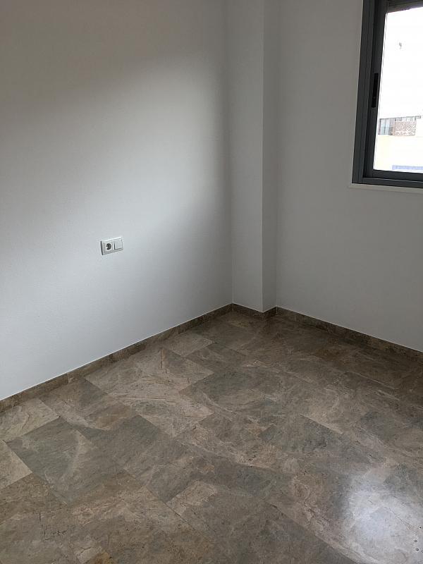 Ático en alquiler en calle Ramon y Cajal, Cartagena - 345969456