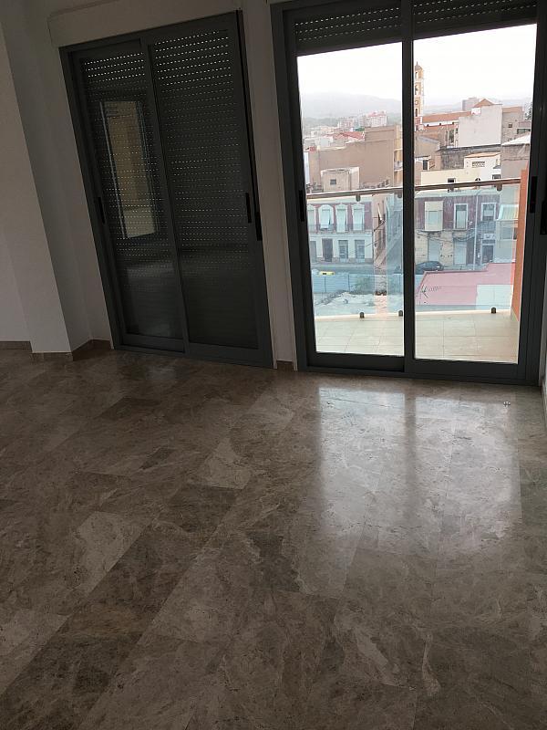 Ático en alquiler en calle Ramon y Cajal, Cartagena - 345969475