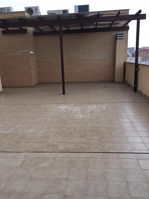 Ático en alquiler en calle Ramon y Cajal, Cartagena - 345969479