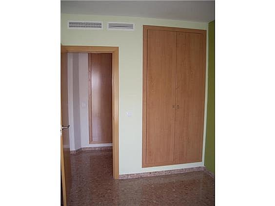 Piso en alquiler en Serra - 143405759