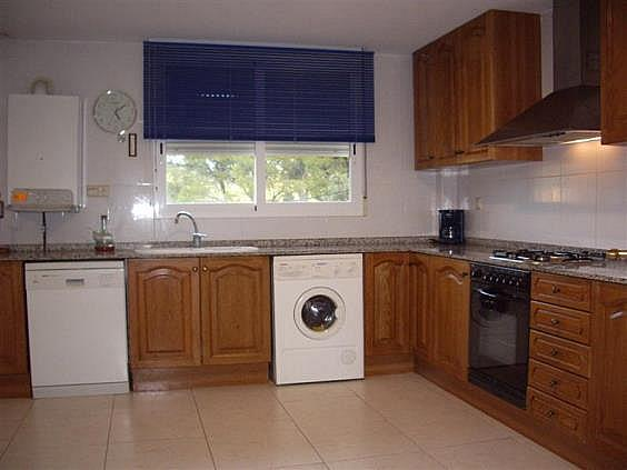 Casa adosada en alquiler en calle , Serra - 143406227