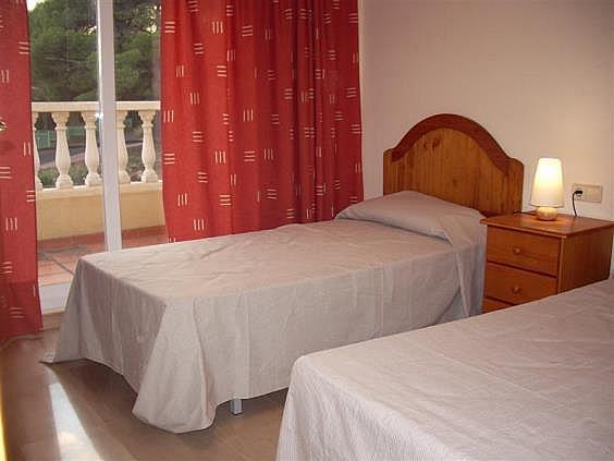 Casa adosada en alquiler en calle , Serra - 143406242