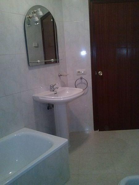 Foto - Ático en alquiler en calle Sar, Santiago de Compostela - 329990300