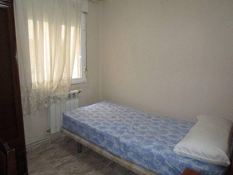 Foto - Piso en alquiler en calle Carmelitasoeste, San Bernardo en Salamanca - 311100259