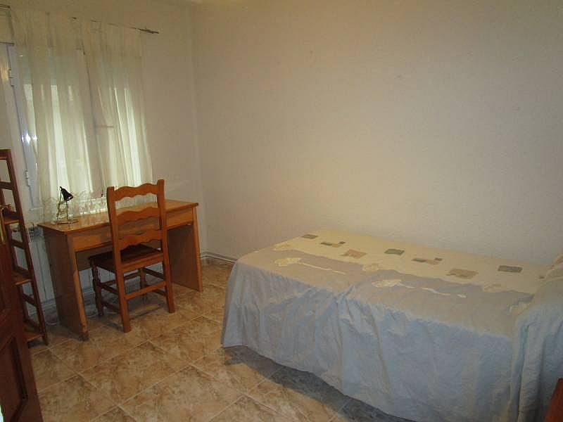 Foto - Piso en alquiler en calle Carmelitasoeste, San Bernardo en Salamanca - 311100283