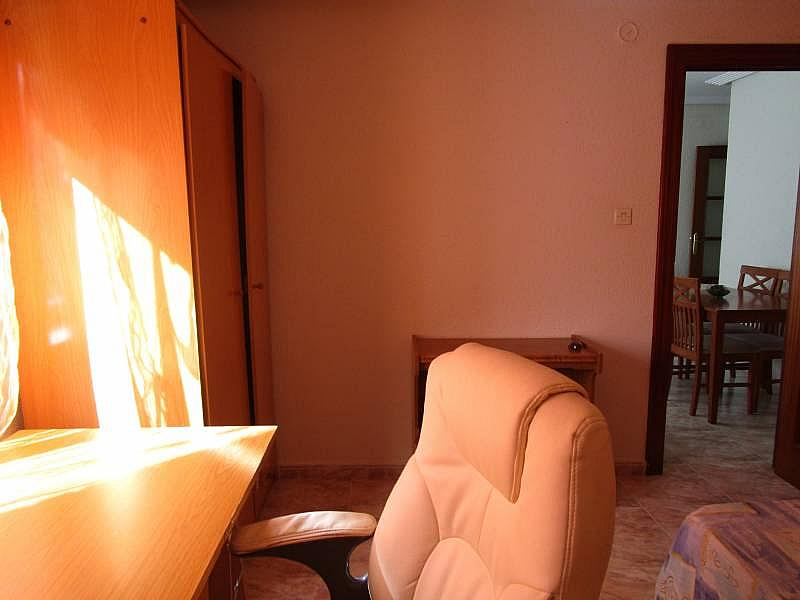 Foto - Piso en alquiler en calle Carmelitasoeste, San Bernardo en Salamanca - 311100298