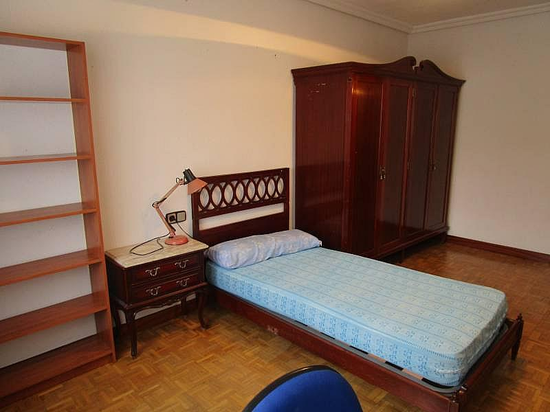 Foto - Piso en alquiler en calle Carmelitasoeste, San Bernardo en Salamanca - 299572076