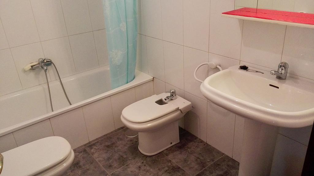 Baño - Apartamento en alquiler en calle De Portugal, Ourense - 355506764