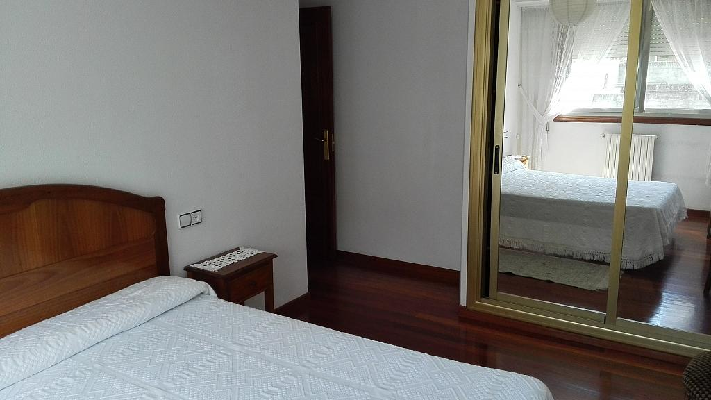 Dormitorio - Apartamento en alquiler en calle De Portugal, Ourense - 355506877