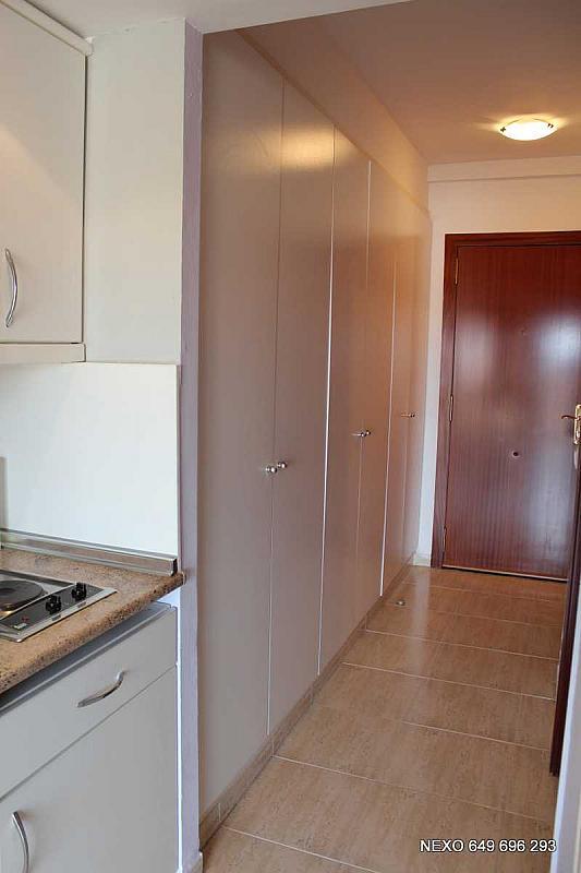 Pasillo - Apartamento en venta en calle Ebre, Els Esquirols en Cambrils - 173440884