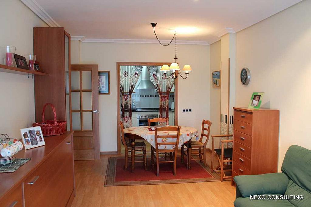 Salón - Apartamento en venta en calle Riu Brugent, Els Esquirols en Cambrils - 225713934