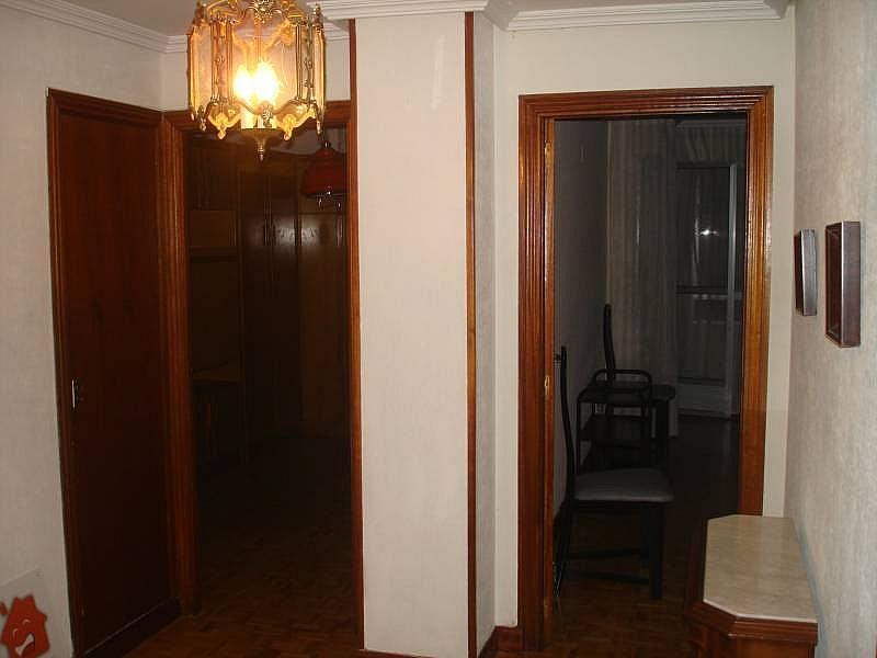 Foto - Piso en alquiler en calle Linares, Rondilla-Pilarica-Vadillos-Bº España-Santa Clara en Valladolid - 244492660