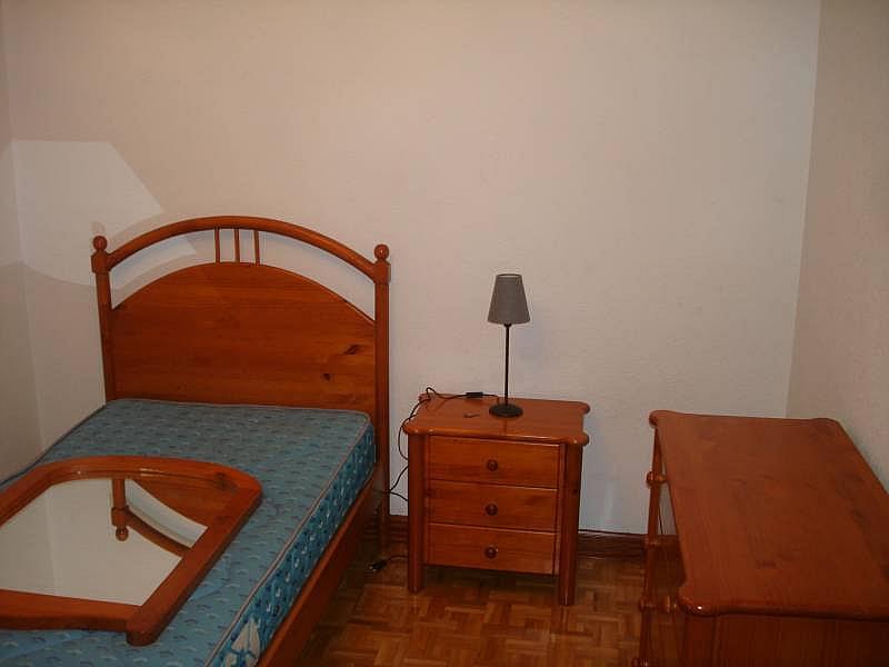 Foto - Piso en alquiler en calle Linares, Rondilla-Pilarica-Vadillos-Bº España-Santa Clara en Valladolid - 244492696
