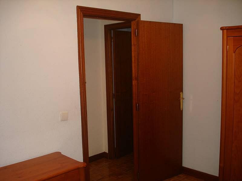Foto - Piso en alquiler en calle Linares, Rondilla-Pilarica-Vadillos-Bº España-Santa Clara en Valladolid - 244492705