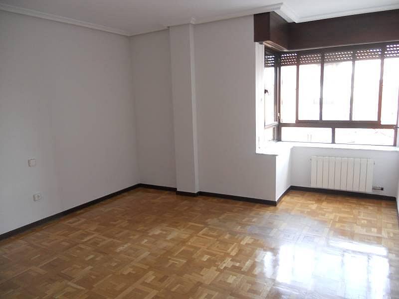 Foto - Piso en alquiler en calle Rosario, Centro en Valladolid - 335157834