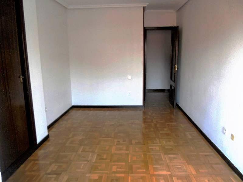 Foto - Piso en alquiler en calle Rosario, Centro en Valladolid - 335157867
