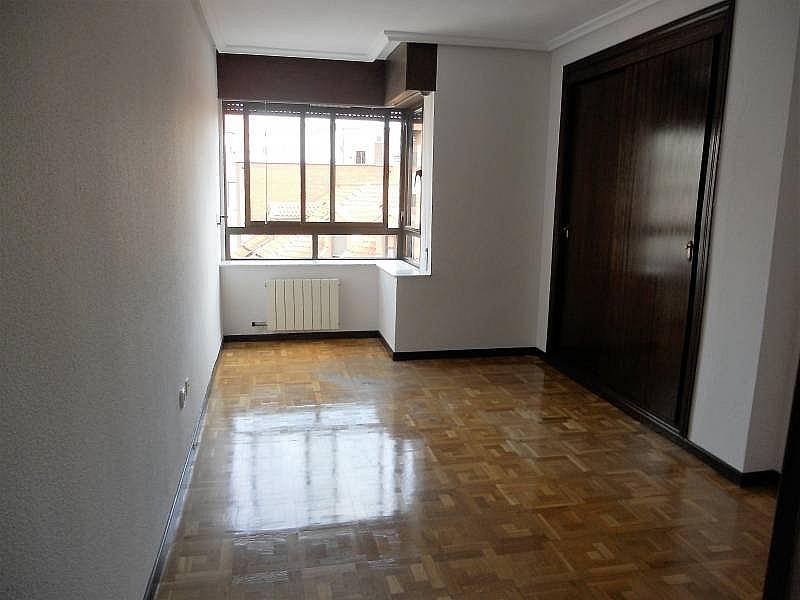 Foto - Piso en alquiler en calle Rosario, Centro en Valladolid - 335157873