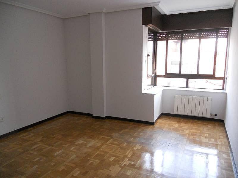 Foto - Piso en alquiler en calle Rosario, Centro en Valladolid - 335157876