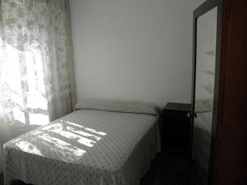 Foto - Piso en alquiler en calle Portugalete, Centro en Valladolid - 331549463
