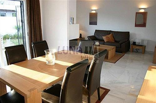 Casa adosada en alquiler en calle Naranjos de Marbella, Nueva andalucia - 325835199