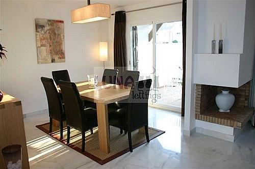 Casa adosada en alquiler en calle Naranjos de Marbella, Nueva andalucia - 325835212