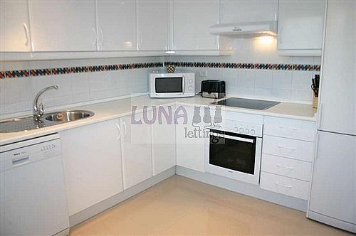 Casa adosada en alquiler en calle Naranjos de Marbella, Nueva andalucia - 325835217