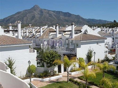 Casa adosada en alquiler en calle Naranjos de Marbella, Nueva andalucia - 325835261