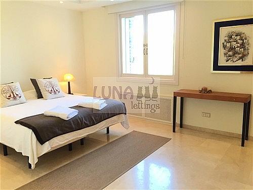 Piso en alquiler de temporada en calle Solana, Los Monteros-Bahía de Marbella en Marbella - 230431659